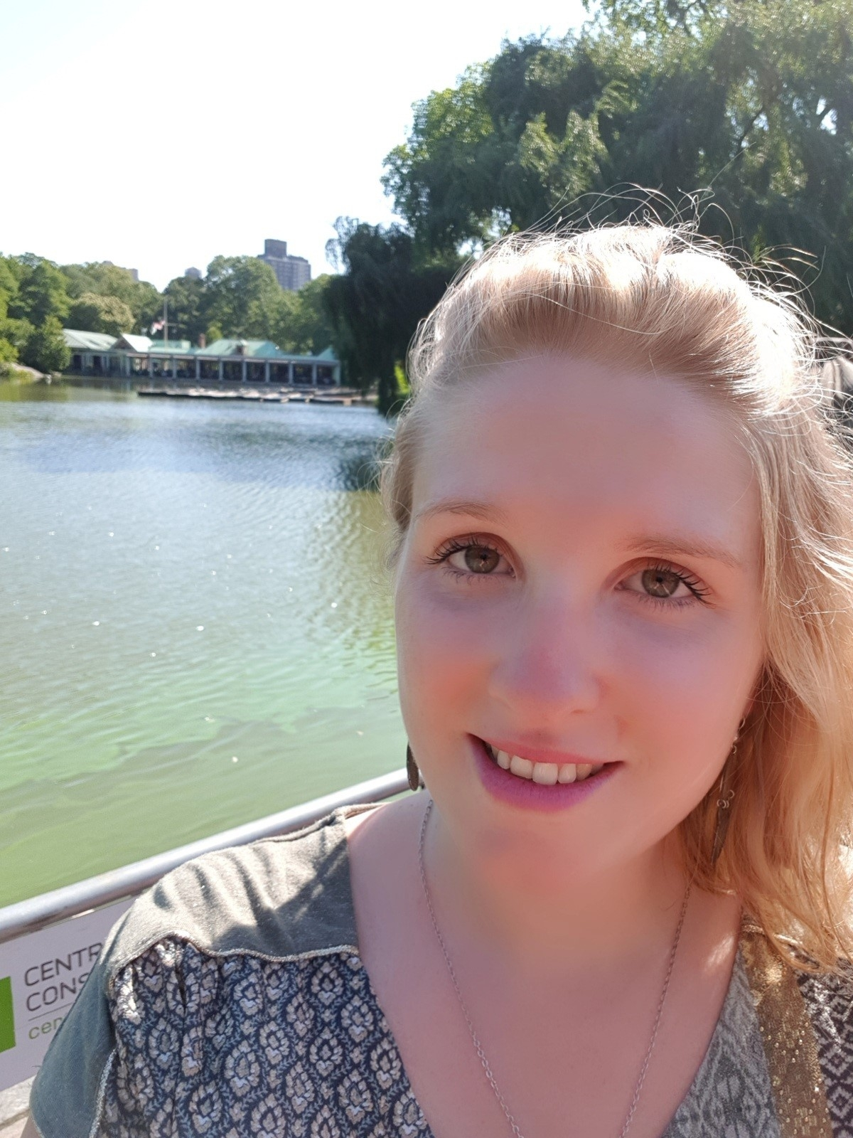 Student Stories - Helene from France